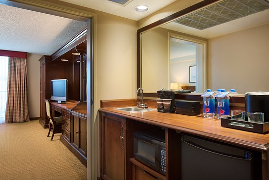 Embassy Suites by Hilton San Francisco Airport - South San Francisco Photo