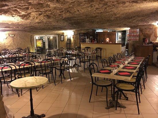 La Cave Aux Moines Chenehutte Les Tuffeaux Restaurant