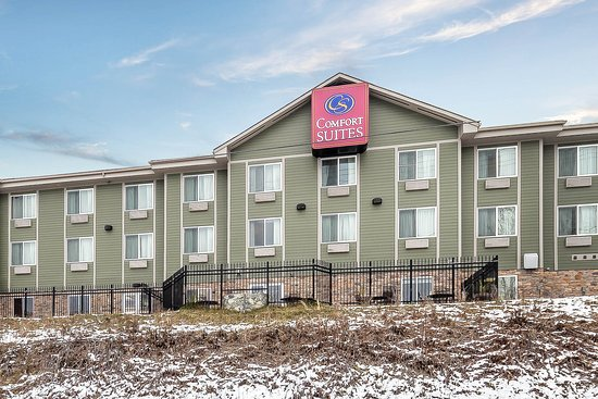 Comfort Suites Anchorage International Airport: Hotel exterior