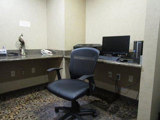 โอโซนา, เท็กซัส: Computer for guest use