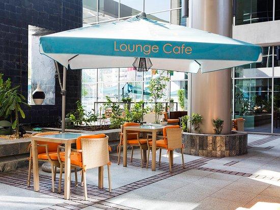 Ibis Al Rigga: Lounge Café Restaurant