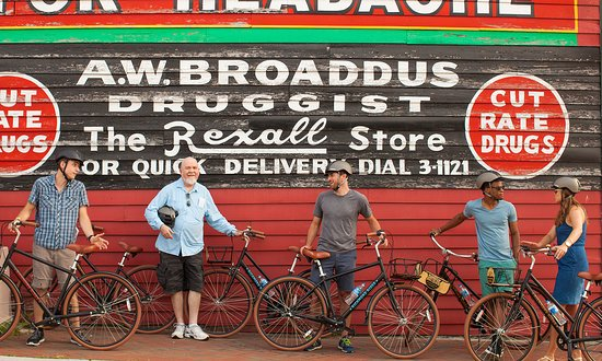 Explore Richmond's history on two wheels.