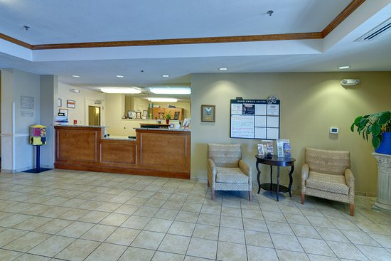 Candlewood Suites Enterprise: Our front desk area where all of your guests requests are met