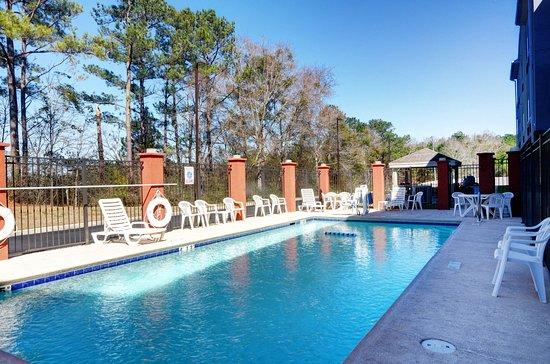 Enterprise, AL: Swimming Pool