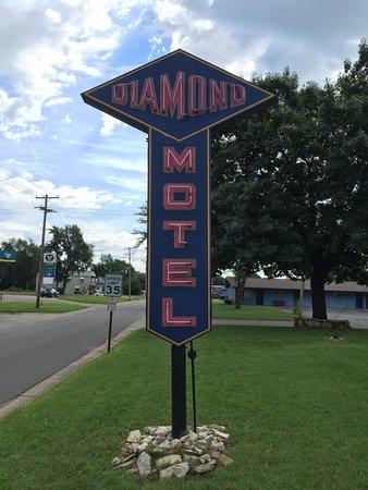 Abilene, KS: Motel Sign
