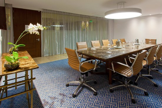 Holiday Inn Cartagena Morros: Boardroom Marbella Capacity 12 Pax