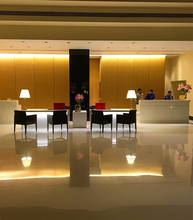 The Oberoi, Mumbai: Marvelous service and excellent hotel in Mumbai. Outstanding in the treatment and quality of its