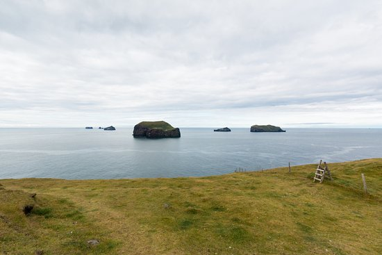 Vestmannaeyjar, Island: Looking southeast in the morning light