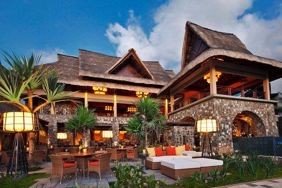 Angsana Balaclava Mauritius: Restaurant Courtyard