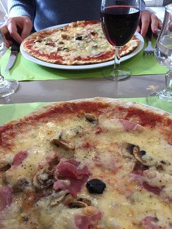 Restaurant pizzeria chez gino salon de provence for Livraison pizza salon de provence