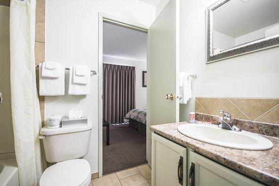 Βέρνον, Καναδάς: Bathroom