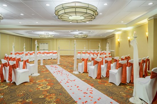 Claymont, DE: New Castle Room