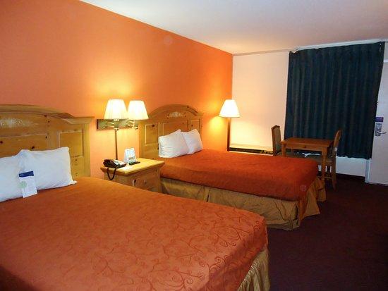 Motel 6 Clarksville TN