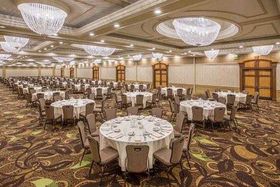 Crowne Plaza Lansing West: Royale Ballroom