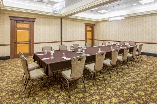 Crowne Plaza Lansing West: Cord Meeting Room