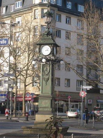Uhrtuermchen