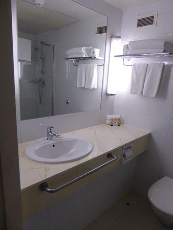 Copthorne Hotel Auckland City: Room 611 Bathroom
