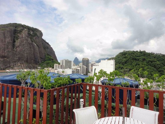 Augusto's Copacabana Hotel: View from the rooftop looking the other way.