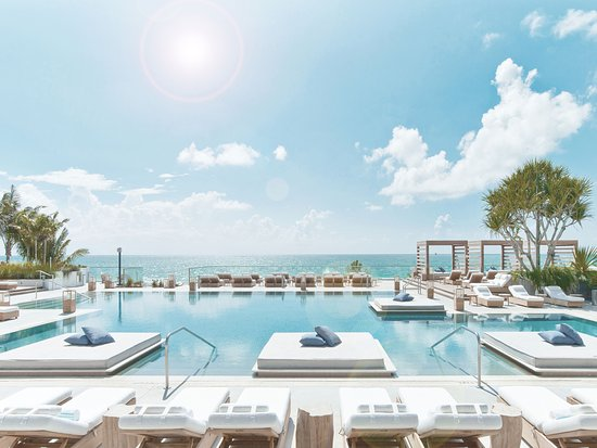 Retreat Collection At 1 Hotel South Beach Center Pool
