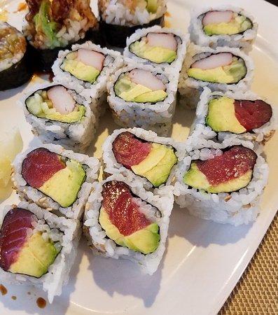 Guymon, Oklahoma: California roll and tuna avocado roll