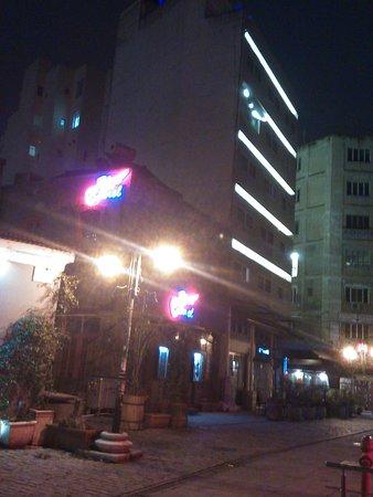 Plaza Hotel: IMG_20170125_215808_large.jpg