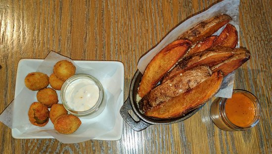 Worthington, OH: Fried Olives & Steak Fries Appetizers