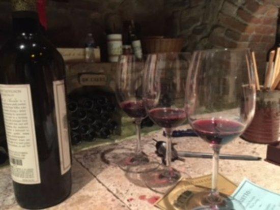 Castello di Amorosa: Wine 'tasting'