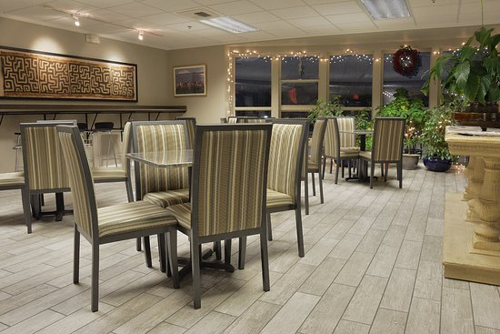 The Madison Inn by Riversage: Lobby Seating Area