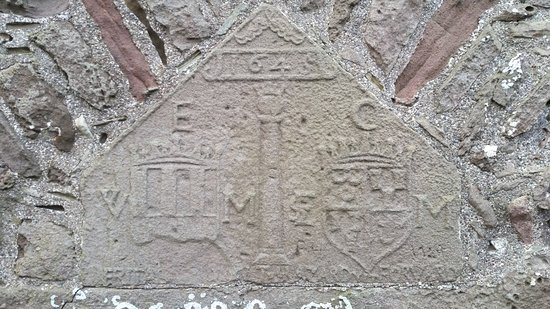 Carved date stone picture of dunnottar castle