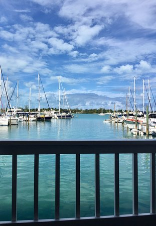 Mangoes Restaurant : The view from our outside dining