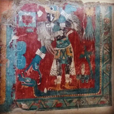 Mural of quetzalcoatl plumed serpent in cacaxtla for Mural quetzalcoatl