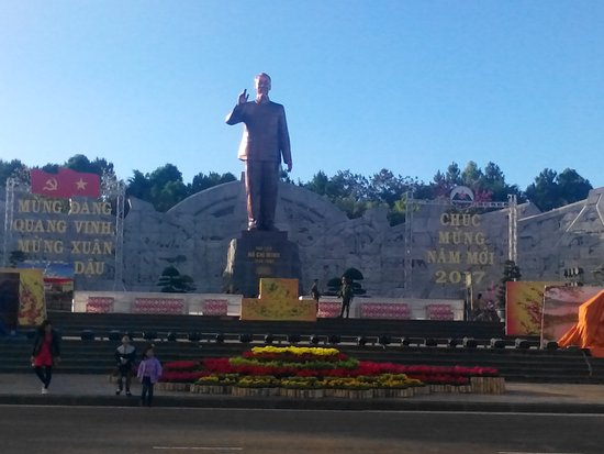 Pleiku, Vietnam : IMG-1485423416679-V_large.jpg