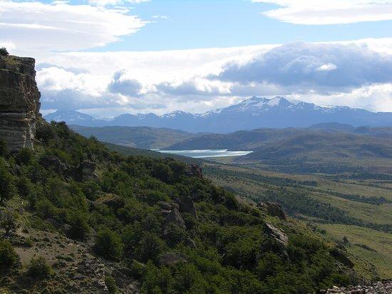Hosteria Mirador del Payne : Sierra del Toro, Laguna Verde al fondo