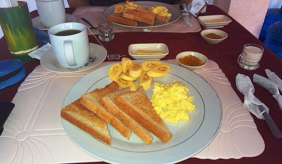 Breakfast at Island Jewel Inn
