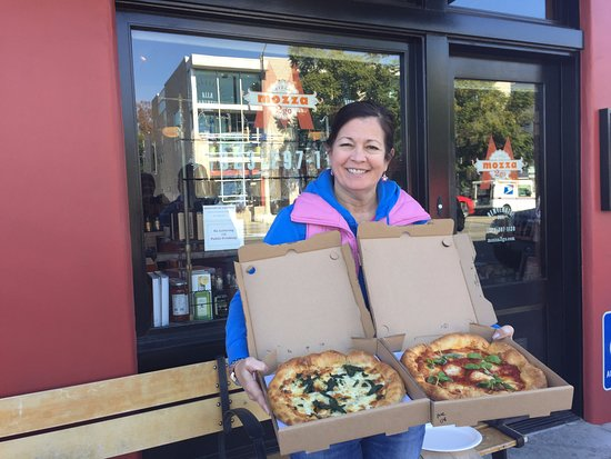 Tourific Escapes: Trish with the fantastic pizzas from Mozza