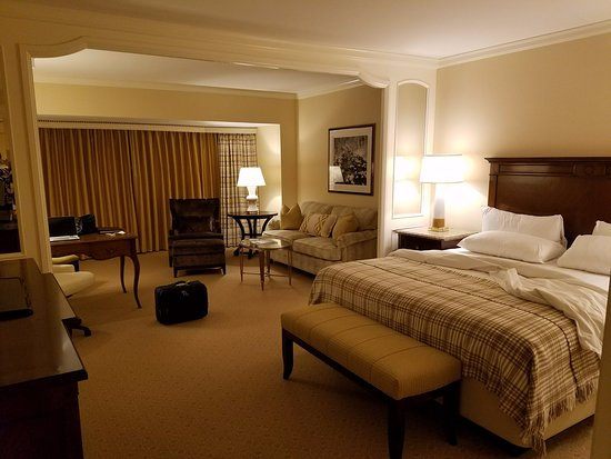 Little America Hotel: Tower room was spacious and comfortable.