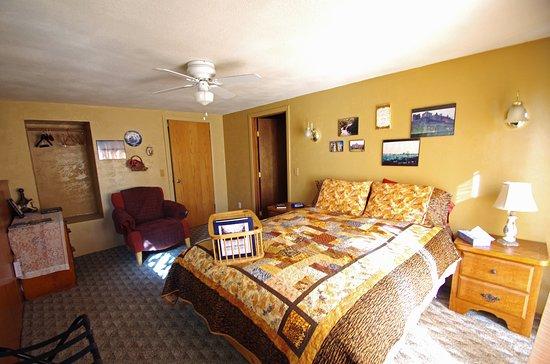 Grangeville, ID: World Travel room