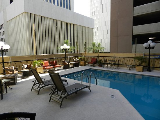 Hotel San Carlos: Pool on the 3rd or 4th floor