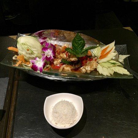 Noi Thai Cuisine: photo2.jpg