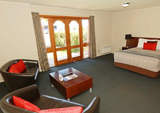 Harvest Hotel: Premium Accessible Room 808