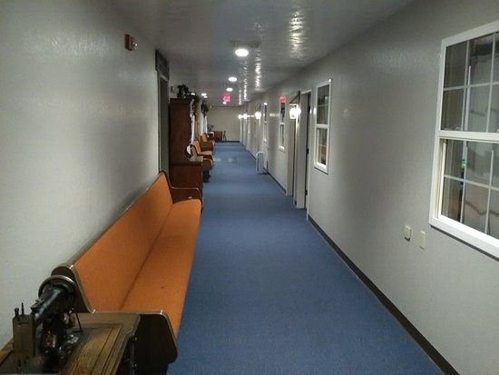The BarnwooD Inn: Secured Inner Hallway is where you can find your rooms door