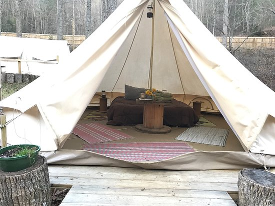THE WOODDS - Prices & Campground Reviews (Hendersonville, NC
