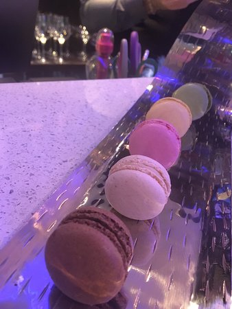 Eccles, UK: Macaroons