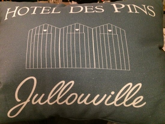Jullouville, France : petit cousin de l'hôtel des pins