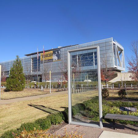 William J. Clinton Presidential Library: Should of seen the Beatles