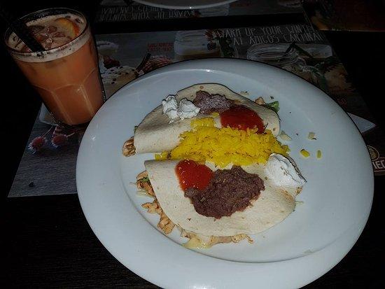 Amigos: Something like Taco