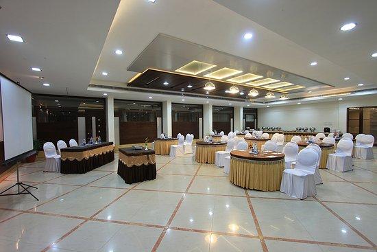 هوتل في تي بارادايس: conference halls