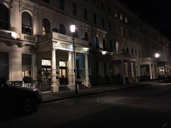 Commodore Hotel: photo1.jpg