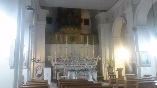 Gravina in Puglia, Italien: Chiesa Sant'Agostino: navata centrale
