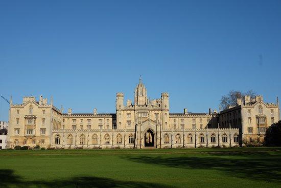 St. John's College: St John's College